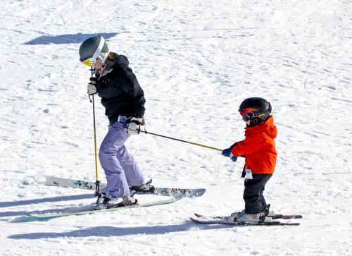 kid-skier